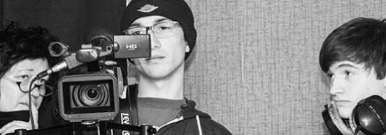 Pierre Fessard, étudiant en 2ème année, derrière la caméra